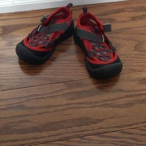 Carters boy red and black sandals